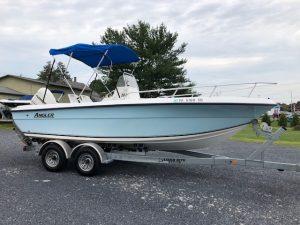 2003 Angler Boat 204 CC