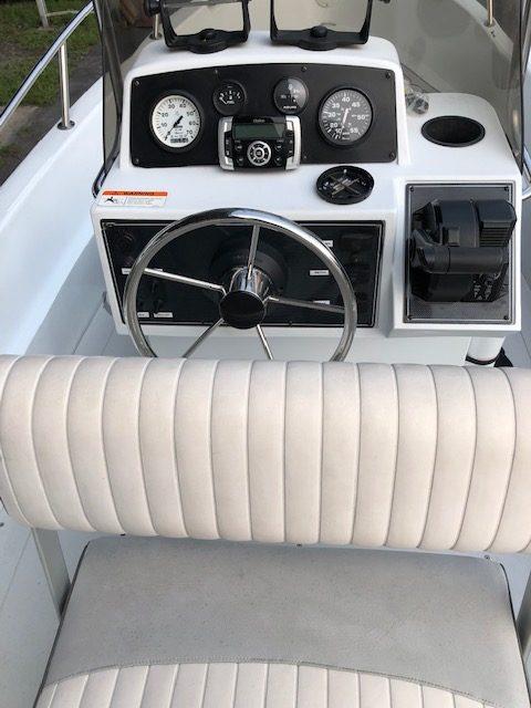 2004 Trick's Boat Triumph 170CC 21